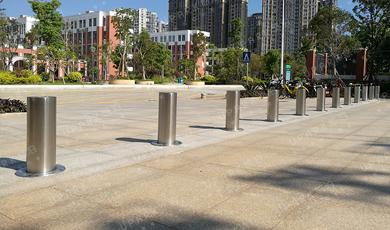 UPARK悠泊防暴升降路桩/升降柱为平安校园筑起第一道安全防线